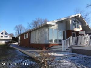Diamond Lake MI home for sale, Sue Loux 269-228-1579